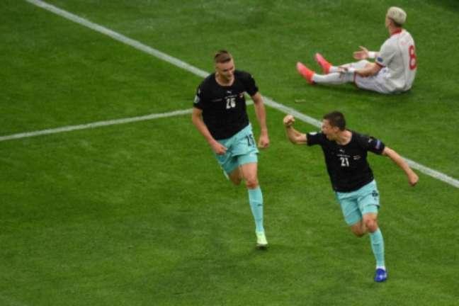 Lainer fez seu segundo gol pela seleção austríaca (Foto: MIHAI BARBU / POOL / AFP)