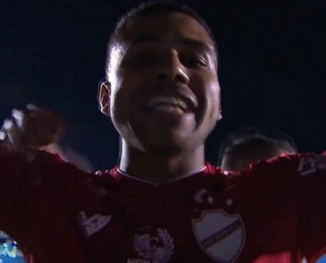 Dudu comemora seu tento que jogou o Tigre para as primeiras posições na classificação da Série B (Foto: Reprodução/SporTV)