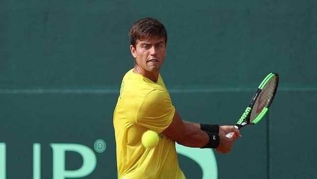 João Menezes em ação pelo Brasil na Copa Davis