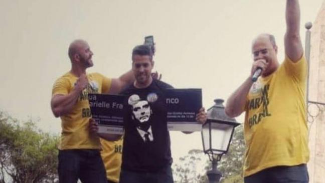 Witzel apoiou o deputado federal Daniel Silveira (PSL-RJ), que quebrou a placa em homenagem a Marielle