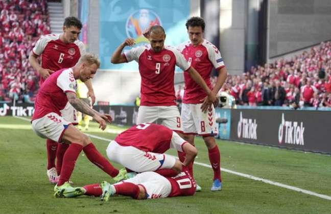 Eriksen sofreu mal súbito em partida entre Dinamarca e Finlândia pela Eurocopa Ansa