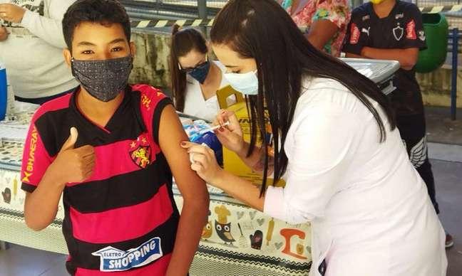Cidade pretendia vacinar adolescentes de 12 a 14 anos