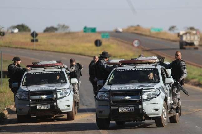 Policiais se mantém mobilizados para capturar Lázaro Barbosa, suspeito de assassinatos em série