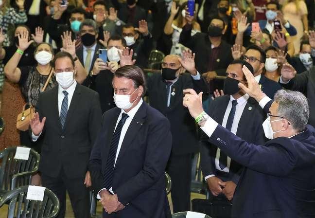 Bolsonaro participa de culto em comemoração dos 110 anos da Assembleia de Deus no Brasil, em Belém
