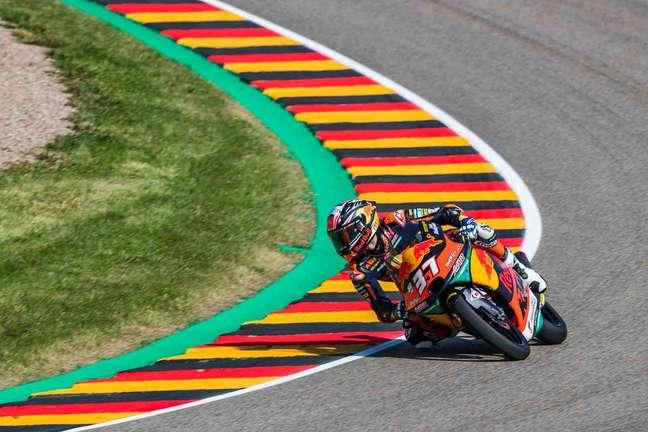 Pedro Acosta venceu o GP da Alemanha e está cada vez mais líder da Moto3
