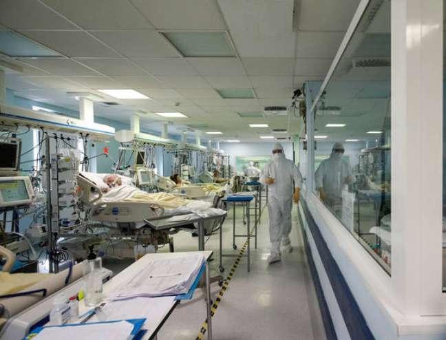 Estudo analisou 49 pacientes que foram internadas por Covid-19