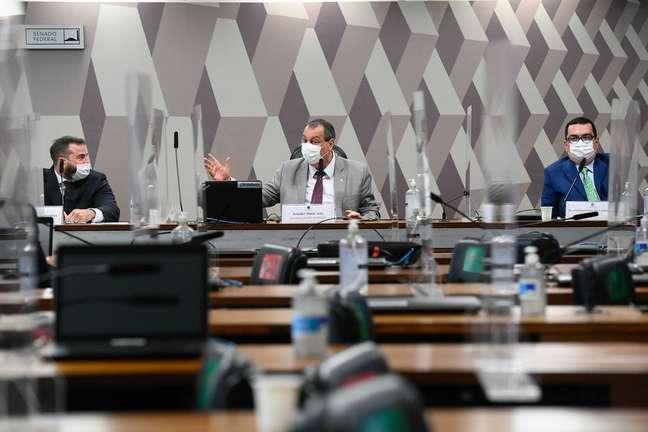 Reunião da CPI da Covid na última sexta, 18
