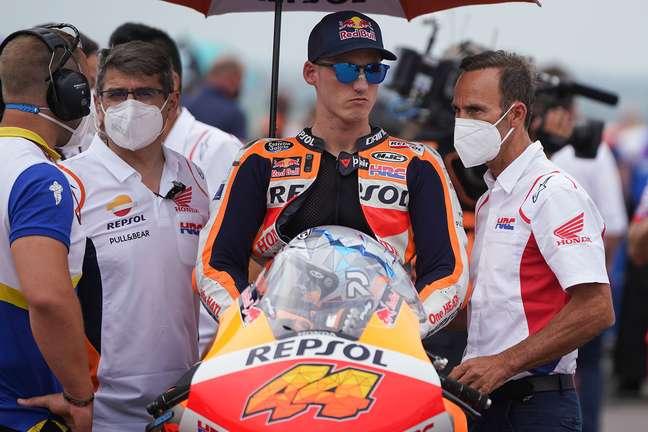 Pol Espargaró é mais um que sofre na Honda