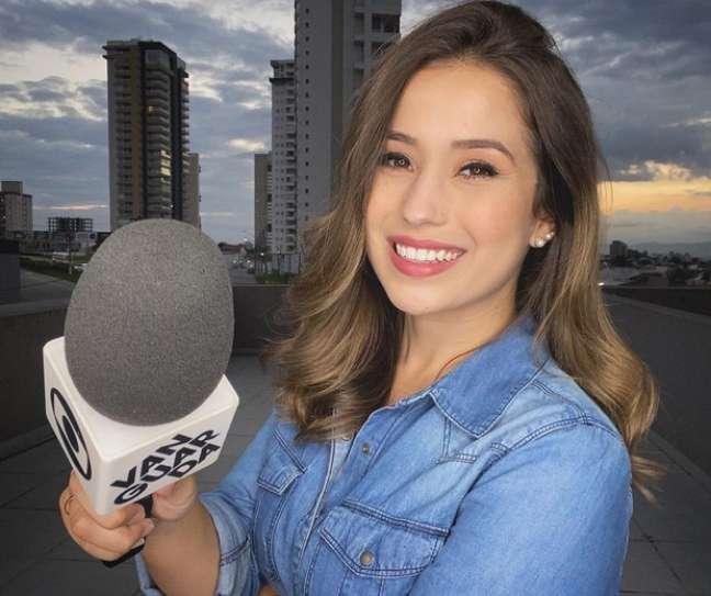 Há três anos Laurene trabalha na TV Vanguarda.