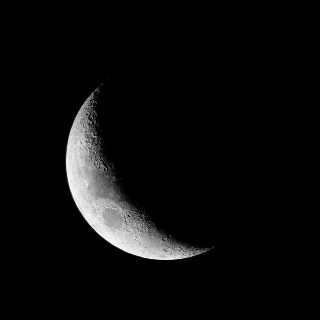 Semana de Lua Minguante em Gêmeos que pede descanso