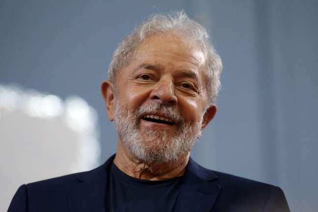 Lula lidera corrida presidencial também entre evangélicos, que era base de apoio de Bolsonaro 10/12/2019 REUTERS/Rahel Patrasso