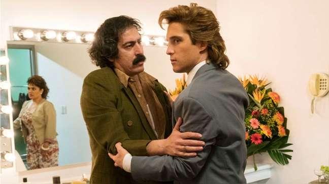 Os atores em cena de 'Luis Miguel': descontrole em gravação poderá gerar briga na Justiça