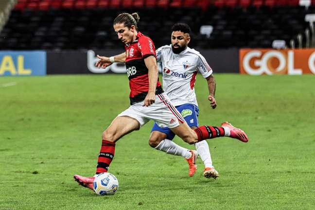 Flamengo, de Felipe Luís, segue firme na Libertadores