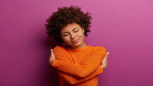 Simpatias para fortalecer o amor-próprio