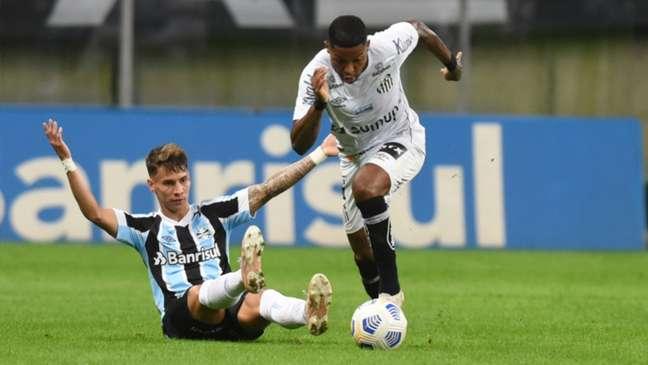 O atacante Marinho fez o gol de empate do Santos contra o Grêmio (Divulgação /Twitter Santos FC)