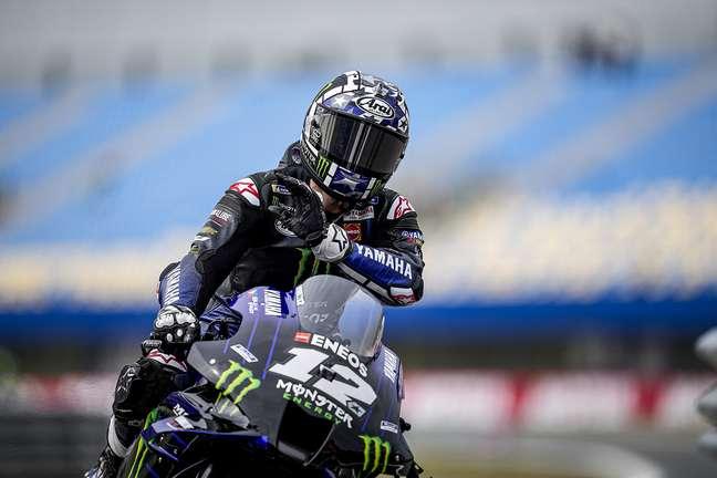 Maverick Viñales colocou a Yamaha na liderança nesta sexta-feira