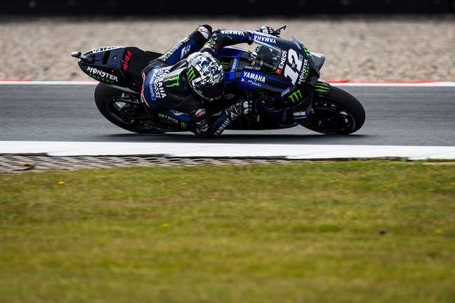 Maverick Viñales colocou a Yamaha na ponta em Assen