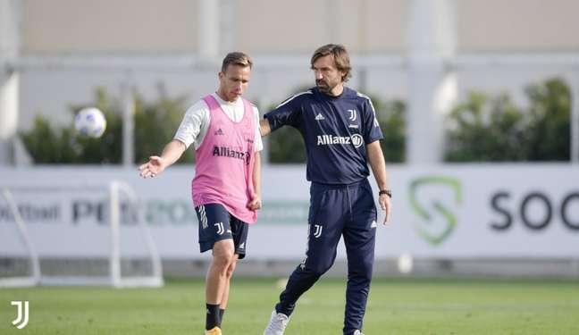 Arthur não viveu grandes momentos com a Juventus na temporada (Foto: Divulgação / Site oficial da Juventus)