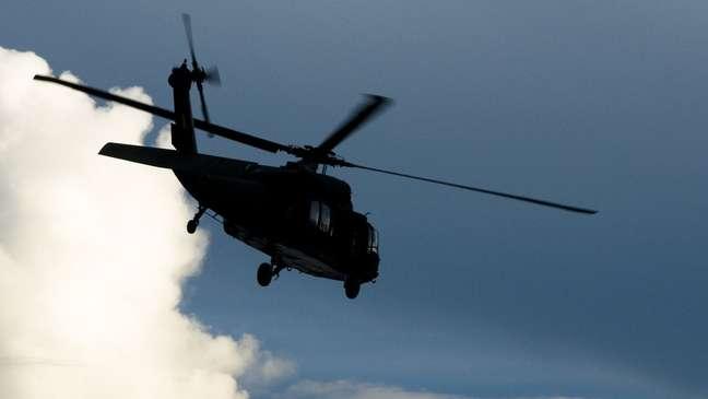 Helicópteros foram usados na busca por Lázaro Barbosa, e uma aeronave também precisou ser usada para levar policial baleado em tiroteio
