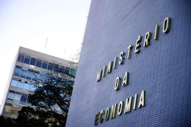 Para o Ministério da Economia,revisão do IR é meio de melhorar distribuição de renda no País.