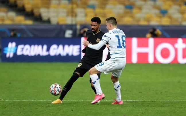 Matheus Fernandes só fez um jogo com a camisa do Barcelona (Divulgação)