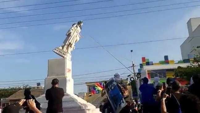 Estátua havia sido doada pela comunidade italiana na cidade em 1892