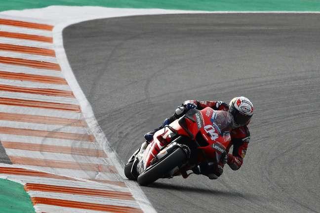 Andrea Dovizioso foi até o fim com a Ducati