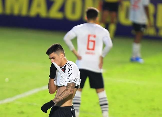 Vasco, Botafogo e Cruzeiro fazem campanha decepcionante na Série B
