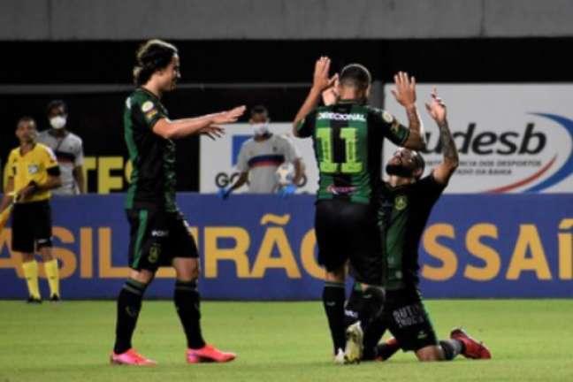 O time mineiro chegou a fazer 4 a 1 e quase levou o empate do Tricolor de Aço-(Estevão Germano/América-MG)