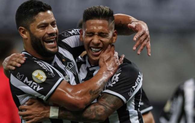 Zaracho foi um dos nomes do jogo com dois gols, sendo um deles com assistência de Hulk- (Foto: Pedro Souza/Atlético-MG)