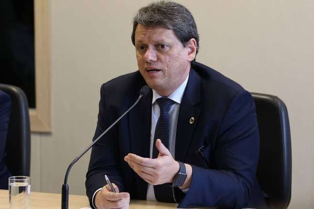 O ministro da Infraestrutura, Tarcísio de Freitas