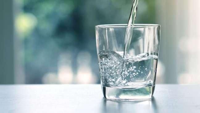 Simpatias com água