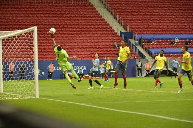 Uruguai vence a Colômbia e vai para a semifinal da Copa América