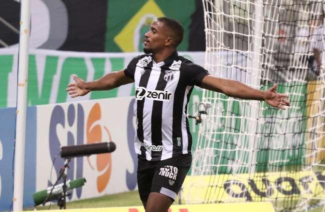 Ceará vence o Juventude pela nona rodada do Campeonato Brasileiro