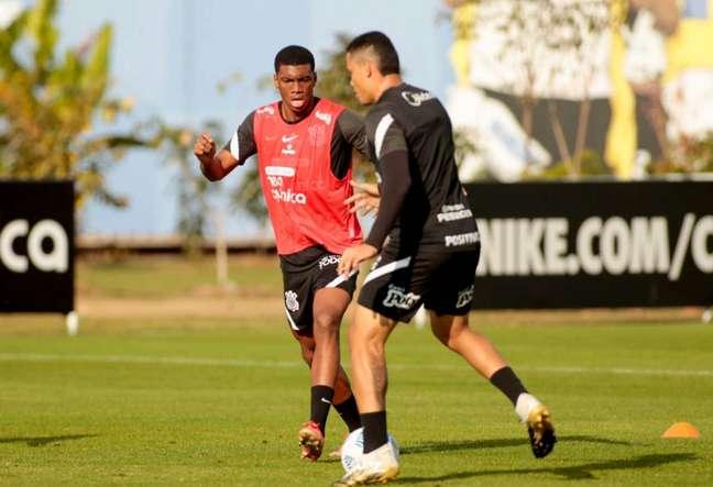 O Corinthians está na 13ª colocação do Brasileirão (Foto: Rodrigo Coca/Ag.Corinthians)