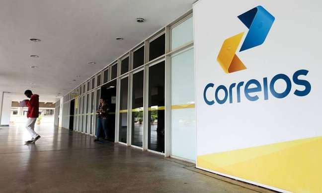 Privatização dos Correios deve envolver a venda de 100% da estatal, que hoje detém o monopólio do setor postal no Brasil.