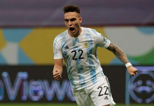 Argentina bate Colômbia e vai à na final da Copa América