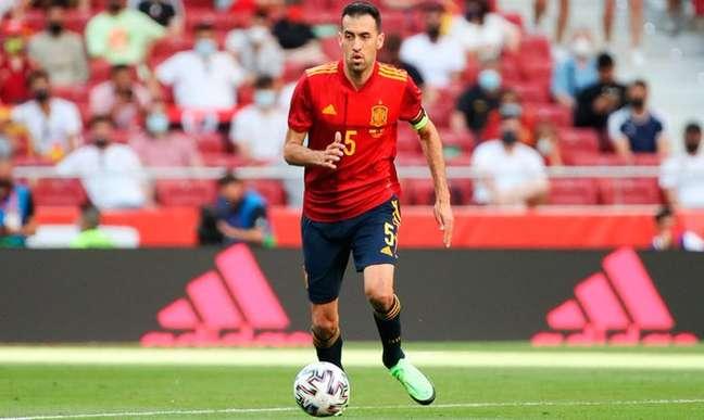 Busquets não sabe se vai continuar defendendo a Espanha Divulgação/Federação Espanhola