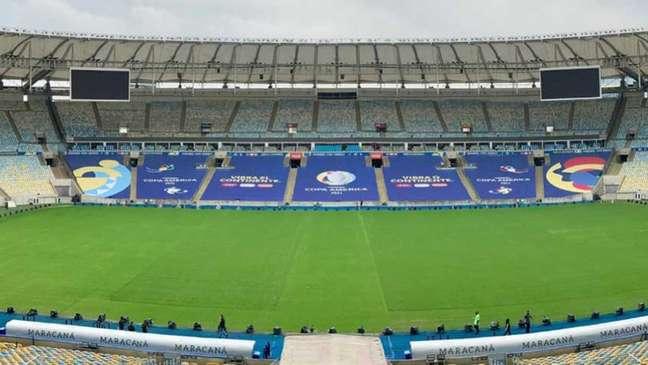 Estádio do Maracanã preparado para receber a final da Copa América 2021, que chegou ao Brasil após desistiencia de Argentina e Colômbia (Foto: Reprodução / Twitter @maracana)
