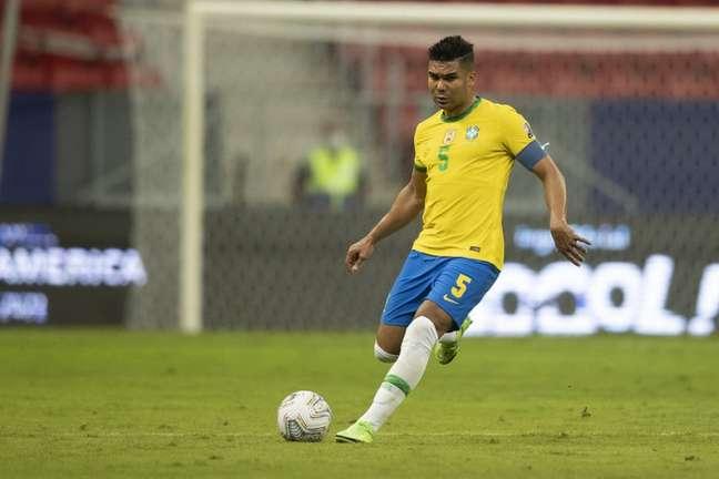 'O Brasil vai por si só na qualidade. Com solidez defensiva você está mais perto da vitória', diz Casemiro (Lucas Figueiredo/CBF)
