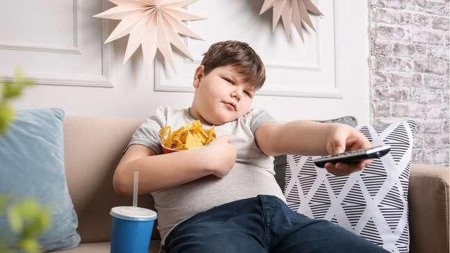 Crianças obesas podem se tornar adultos obesos