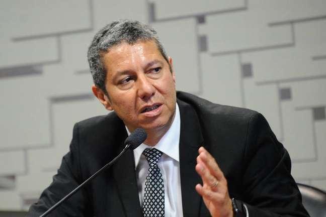 'Quem escreveu o projeto, esqueceu de perguntar para o Tesouro', diz José Roberto Afonso.