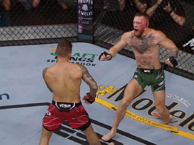 Conor McGregor fraturou tornozelo e perdeu luta contra Poirier (Foto: Reprodução/ESPN)