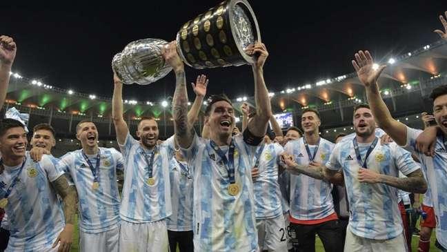 Lionel Messi conquista seu primeiro título com a Argentina (CARL DE SOUZA / AFP)