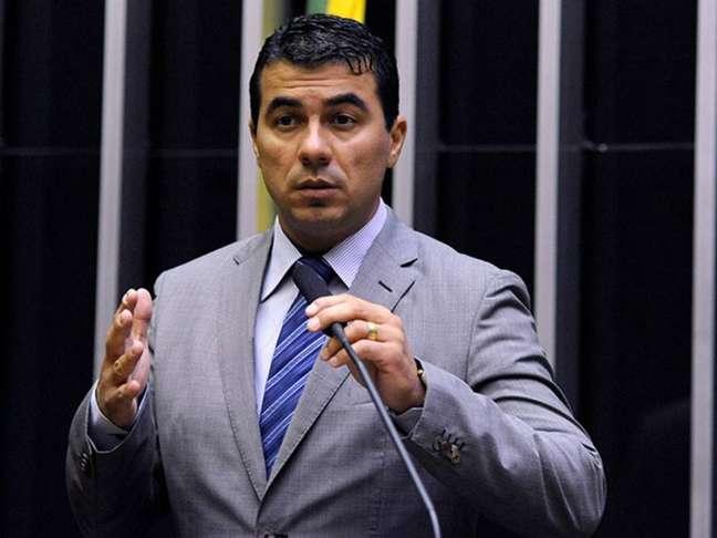Deputado Luis Miranda foi quem denunciou a fraude na compra de milhões de doses da Covaxin.