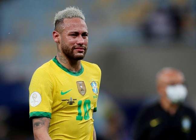 Neymar chorou após a derrota na decisão