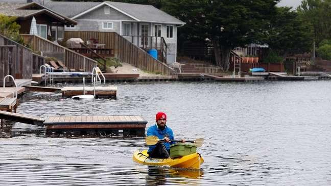 O aumento do nível do mar pode em breve inundar comunidades costeiras, como Stinson Beach, na Califórnia