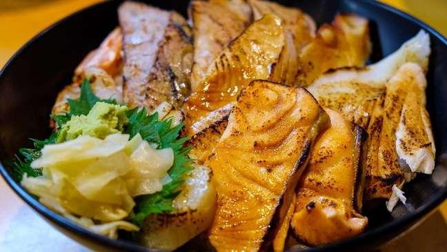 No Japão, os pratos são geralmente preparados com pequenas quantidades de ingredientes extras altamente saborosos