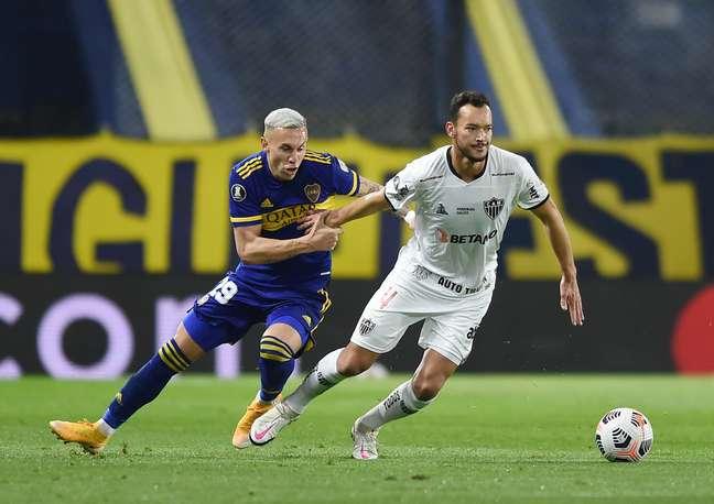 Em jogo truncado, Atlético-MG empata com o Boca na Bombonera