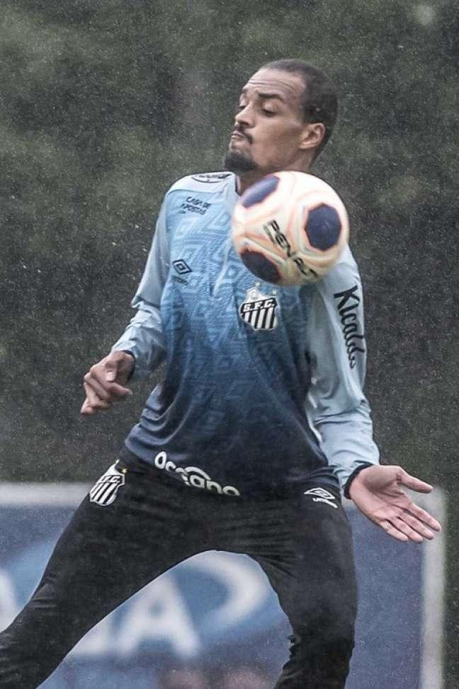 Luiz Felipe ganhou a posição com a chegada de Fernando Diniz ao Santos (Foto: Ivan Storti/Santos FC)